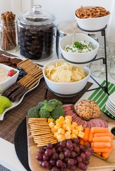 Ideas House Party Snacks Holidays For 2019 - Wedding Super Healthy Recipes, Healthy Foods To Eat, Healthy Dinner Recipes, Appetizer Recipes, Housewarming Party Themes, Housewarming Food, Snacks Für Party, Party Drinks, Party Games