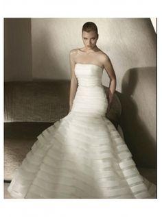 http://www.idoito.com/goods-1647-2012weddingdresses097.html