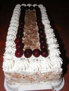 Fun Baking Recipes, Sweet Recipes, Cake Recipes, Dessert Recipes, Torte Recepti, Kolaci I Torte, Albanian Recipes, Bun Cake, Torte Cake