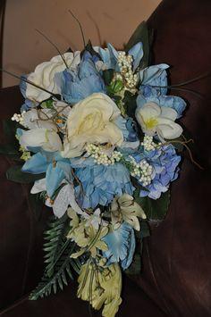 shabby chic blue wedding flowers