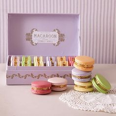 15 Pretty Pastel Home Accessories