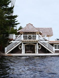 I wonder if we could build this Lake Muskoka boathouse in Les Cheneaux Islands.