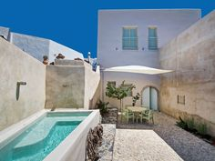 Check out this fabulous vacation rental in Greece! Complete with 2 bedrooms and a pool.