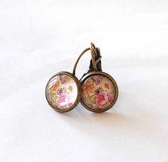 Vintage Floral Pattern Earrings