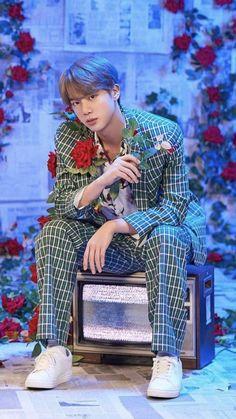★ Jin ★ BTS Festa Family Portrait Special 190613 canımı al orosbu cocu Seokjin, Kim Namjoon, Kim Taehyung, Jimin, Bts Jin, Foto Bts, Jin 2019, K Pop, Bts Lockscreen