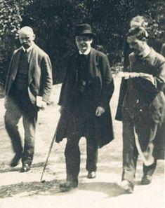 Rudolf Steiner (al centro) Stoccarda. Rudolf Steiner, Plus Grand Que, Central Europe, New Pictures, Biodynamic Gardening, Image, Livestock, Farmers, Switzerland