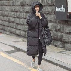 2015 Negro Grande Más El Tamaño de Corea Moda Mujer Outwear Gruesa Caliente Parka de Gran Tamaño de Piel de Pato Abajo Abrigo de Invierno de la Mujer Retro Con Capucha