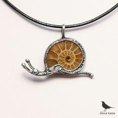Šnečku, šnečku vystrč růžky (Amonit) - náhrdelník