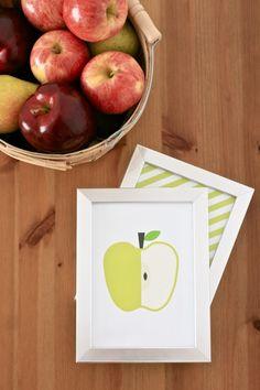 Free Printable Apple Art Decor and 12 Free Printables for Fall at PagingSupermom.com