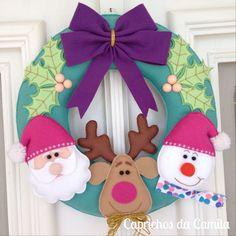 Felt Christmas Ornaments, Christmas Stockings, Christmas Wreaths, Christmas Decorations, Christmas Projects, Felt Crafts, Christmas Crafts, Christmas Makes, Christmas Holidays