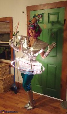 Googie Girl Costume - Halloween Costume Contest via @costume_works