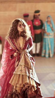 Exclusive Collection of Pakistani Bridal Dresses Online by Pakistani Designers to Buy for Pakistani Brides looking for a Traditional or Contemporary Bridal & Wedding Dresses. Indian Wedding Lehenga, Pakistani Bridal Dresses, Indian Dresses, Indian Outfits, Bridal Lehenga, Traditional Fashion, Traditional Dresses, Ethnic Fashion, Asian Fashion