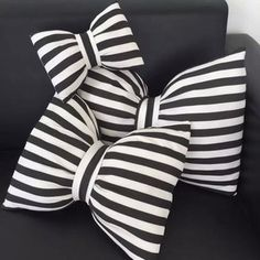 68包邮INS蝴蝶节黑白条纹 沙发抱枕/靠垫/车用颈枕 可拆洗