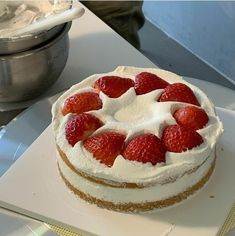 Cheesecake, Food Pictures, Desserts, Sweets, Cakes, Foods, Love Is Sweet, Drinks, Breakfast