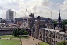 File:Cardif Castle and Millennium Stadium.jpg