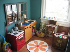 let& play! (Just picked up a play kitchen like the one in the corner, that& what started this obsession! Cubby Houses, Play Houses, Play Spaces, Kid Spaces, Dramatic Play Area, Home Daycare, Corner House, Play Centre, Classroom Environment