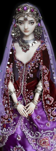 IMPERIAL CONCUBINE Marina Bychkova, Russian born Canadian based figurative artist and founder of Enchanted Doll™ (luxury toy label of exquisite, porcelain dolls) Pretty Dolls, Beautiful Dolls, Ooak Dolls, Barbie Dolls, Marina Bychkova, Enchanted Doll, Paperclay, All Things Purple, Lilacs