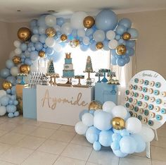 No photo description available. Baby Shower Decorations For Boys, Boy Baby Shower Themes, Baby Shower Balloons, Baby Shower Gender Reveal, Baby Boy Shower, 1st Birthday Decorations Boy, Deco Baby Shower, Shower Party, Baby Shower Parties