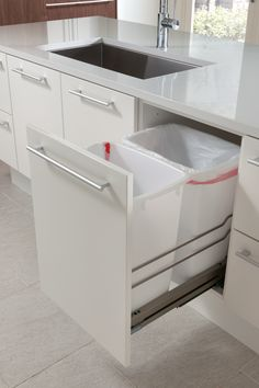 Waste Bin by Clever Storage