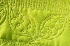 Free Motion Quilting Tutorial--The Loopy Leaf tutorial