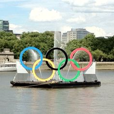 The Olympic Rings on the Thames - gorgeous!