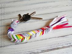 How to make a T-shirt Bone Braid Keychain by @Amanda Formaro - Crafts by Amanda