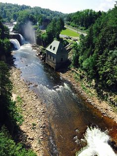 Ausable Chasm in Keeseville, New York is a must-see attraction in the Adirondacks. Lake Placid New York, Tupper Lake, New York Summer, Lake George Village, Summer Vacation Spots, Vacation Ideas, Winter Hiking, Upstate New York, Lake Life