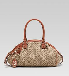 """Gucci bags and Gucci handbags 223974 FAGEG 8396 """"sukey"""" medium boston bag 230 Gucci Handbags, Handbags Online, Replica Handbags, Online Bags, Gucci Bags Outlet, Shoes Outlet, Chanel Online, Sale Uk"""