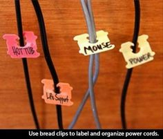 2014 Is Going To Be My Year Now That I Know These 89 Genius Solutions To Simple Problems. | News-Hound More Ties Were, Organizations, Lifehacks, Life Hacks, Great Ideas, Bolo, Breads Clip, Cords, Bola Ties This great idea can make the cords behind your computer MUCH less confusing you can just use you bread clips and label you mess of cords Bread clips for organized cords - Top 68 Lifehacks and Clever Ideas that Will Make Your Life Easier bread clips to label cords - Life hacks, diy, cool…