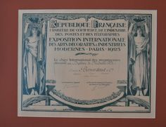 Diplôme de Médaille d'Or reçu à l'Exposition Internationale des Arts Décoratifs & Industriels Modernes à Paris en 1925