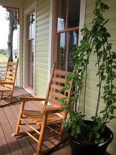 Green Siding, Seville, Rocking Chair, Google, Image, Furniture, Home Decor, Chair Swing, Sevilla