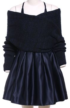 Love this but the size chart is offcourse wayoff normal :(  Off-Shoulder Wrap Top With Flare Dress 29.67