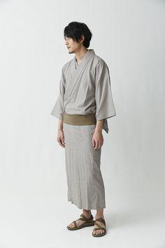 warobe-04 Male Kimono, Yukata Kimono, Japan Fashion, Mens Fashion, Japanese Costume, Traditional Kimono, Summer Kimono, Turning Japanese, Up Costumes