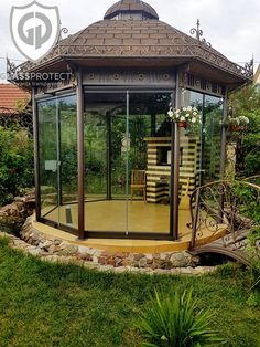 #closuresmadeofglass  #glassterraces #decorationofglass Glass Design, Gazebo, Outdoor Structures, Unic, Kiosk, Pavilion, Cabana
