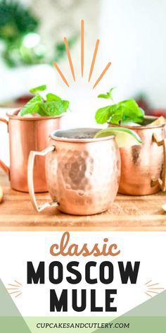This classic Moscow Mule recipe uses vodka, ginger beer and fresh lime to create a refreshing and flavorful cocktail! It's quick and easy and is a fun drink to share with friends! It's one of my favorite summer cocktail recipes. Vodka Cocktails, Non Alcoholic Drinks, Summer Cocktails, Fun Drinks, Moscow Mule Vodka, Moscow Mule Recipe, Ginger Beer, Fresh Lime, Strawberry Recipes