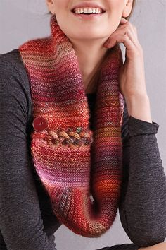 Free Knitting Pattern for Ombre Cowl - This stylish ribbed cowl features interwoven I-cord loops for a beautiful plaited detail. Designed by Patons UK. Free Knitting, Knitting Patterns Free, Knitting Yarn, Knit Patterns, Finger Knitting, Knitting Machine, Vintage Knitting, Stitch Patterns, Free Pattern