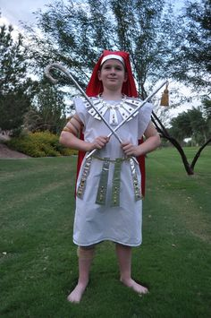 It's that time of year again. My son needed an Egyptian Pharoah costume for a class project so I got to kill 2 bir. Pharoah Costume, Old Bed Sheets, Thinking Day, Class Projects, Red Satin, How To Look Pretty, Halloween Costumes, Halloween Ideas, Egyptian