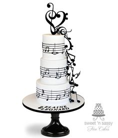 Love song - cake by Sandy - Sweet 'n Sassy Music Wedding Cakes, Music Themed Cakes, Themed Wedding Cakes, Crazy Cakes, Fancy Cakes, Beautiful Cakes, Amazing Cakes, Bolo Musical, Music Cookies