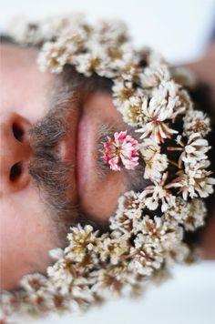 Beard fashion - keeping it natural! facial hair Beard fashion - keeping it natural! Moustache, Mundo Hippie, Flower Beard, Hippie Man, Long Beards, Flower Boys, Beltane, Beard Styles, Facial Hair