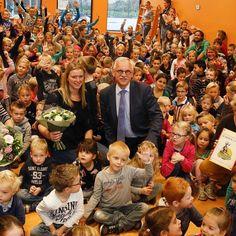 Prinses Beatrixschool ontvangt verkeersveiligheidlabel SCHOOL op SEEF  Op woensdag 11 november 2015 ontving de Prinses Beatrixschool het verkeersveiligheidlabel SCHOOL op SEEF. Wethouder Kees Oskam reikte het label uit aan de school. De Prinses Beatrixschool heeft het verkeersveiligheidlabel verdiend vanwege de structurele inzet op het gebied van verkeerseducatie en verkeersveiligheid in en om de school. #rebonieuws #reeuwijk #bodegraven