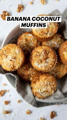 Breakfast Bread Recipes, Healthy Muffin Recipes, Healthy Muffins, Banana Recipes, Brunch Recipes, Sweet Recipes, Coconut Muffins, Banana Coconut, Yummy Recipes