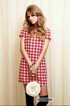 Taylor new outtakes old ph shoot