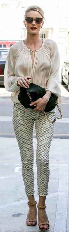 Rosie Huntington-Whiteley keeps it stylish.