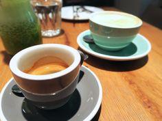 Frühstück im Ulrich - giveherglitter Eat, Breakfast, Tableware, Stand Up, Treats, Food Dinners, Kuchen, Simple, Morning Coffee