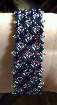 Google Image Result for http://fc00.deviantart.net/fs71/i/2012/124/a/8/patchwork_bracelet_tutorial____twin_beads_pattern_by_beadg1rl-d4yh8wd.jpg