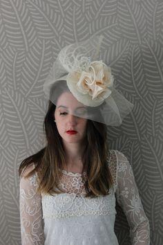 cream fascinate hat bridesmais hat fascinator by Lolacoqueta