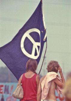 Peace Flag. Second Atlanta Pop Festival, 1970.