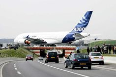 In April 2005 the first was moved from the assembly plant across a busy road to Airbus's flight test centre at Toulouse-Blagnac Airport New Aircraft, Aircraft Sales, Airplane Photography, Airbus A380, Commercial Aircraft, Civil Aviation, Air France, Jet Plane, Concorde