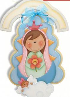 Una virgencita para el cuarto de las niñas Foam Crafts, Diy And Crafts, Arts And Crafts, Paper Crafts, Arte Country, Owl Pictures, Decoupage Art, Country Paintings, Polymer Clay Projects