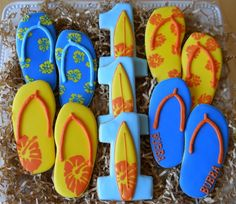 Surf's Up 1st Birthday #Cookies via www.FireflyConfections.com